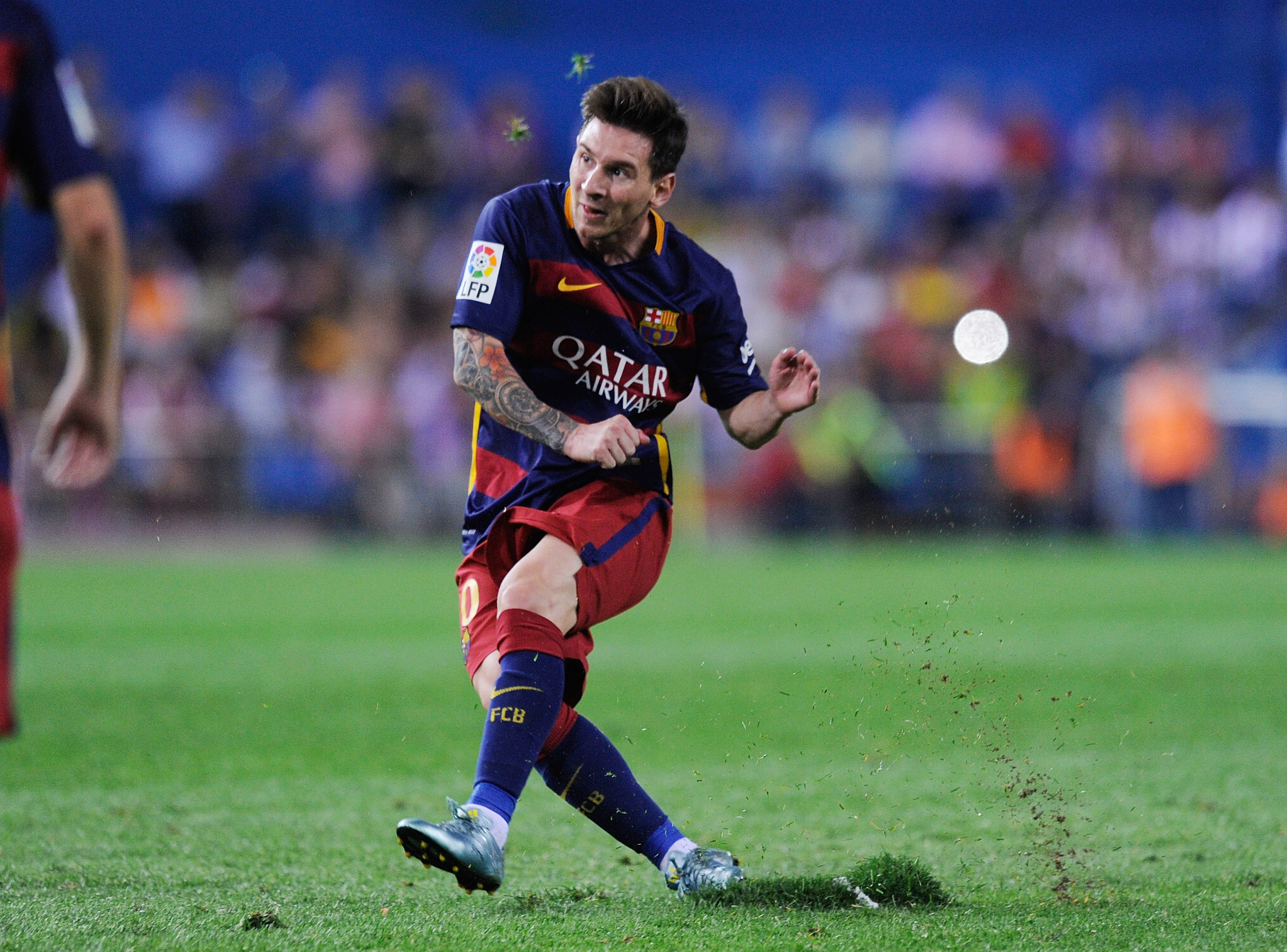 Related Keywords & Suggestions for Messi Shooting