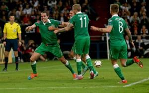 John O'Shea celebrates scoring 14/10/2014