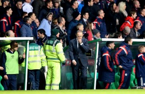 Martin OÕNeill reacts in the closing stages 14/11/2014