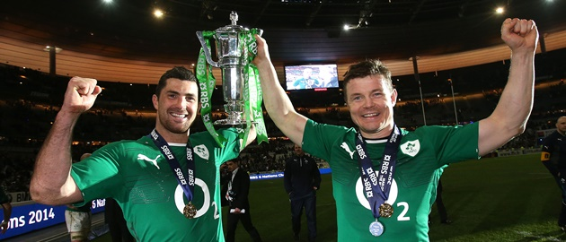 Jonathan Sexton and Brian O'Driscoll celebrate with the Six Nations Trophy 15/3/2014