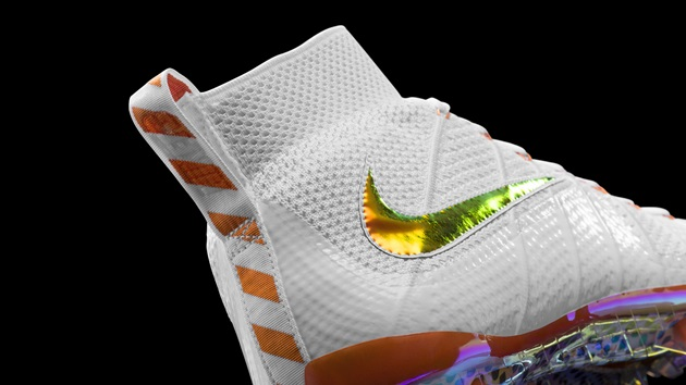 new styles 92ad5 3145b PICS: Nike unveils gloves, boots and jackets for Super Bowl ...