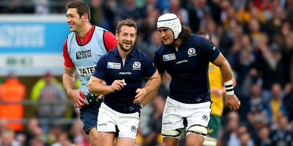 Greig Laidlaw celebrates scoring a penalty with Blair Cowan and Nathan Hines 18/10/2015