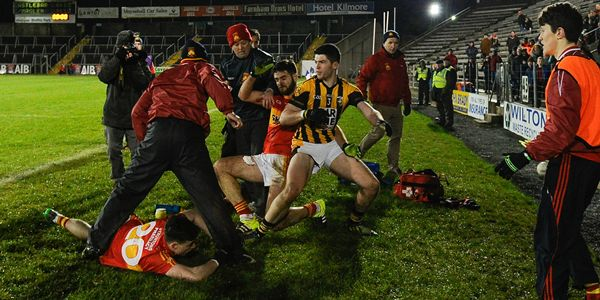 AIB GAA Football All Ireland Senior Club Championship Semi-Final, Kingspan Breffni Park, Cavan 13/2/2016 Castlebar Mitchels vs Crossmaglen Rangers A scuffle breaks out on the sideline in the closing minutes of the game Mandatory Credit ©INPHO/Tommy Grealy