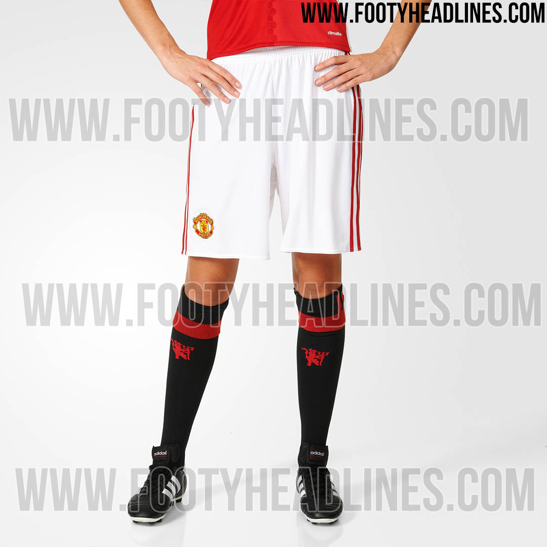 d190e5533 New pictures appear to confirm Manchester United s new home kit ...