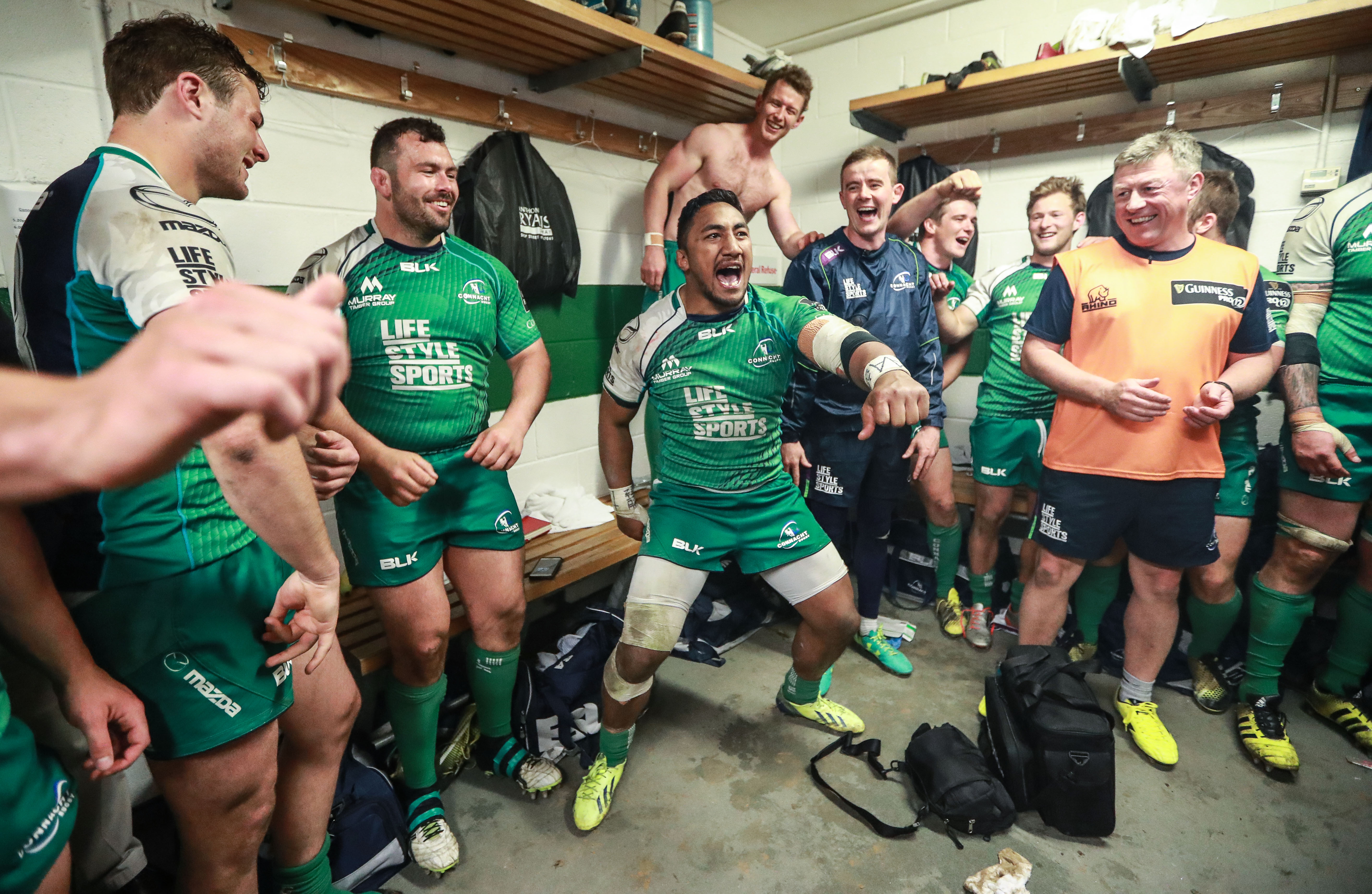 Guinness PRO12 Play-Off, The Sportsground, Galway 21/5/2016 Connacht vs Glasgow Warriors Connacht's Bundee Aki sings after the game Mandatory Credit ©INPHO/James Crombie