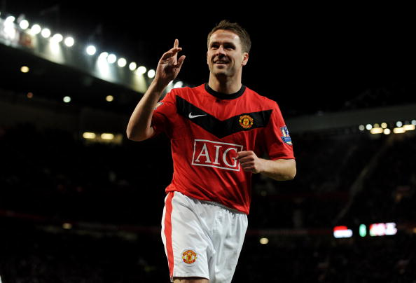 MANCHESTER, ENGLAND - FEBRUARY 23: Michael Owen of Manchester United celebrates scoring to make it 3-0 during the Barclays Premier League match between Manchester United and West Ham United at Old Trafford on February 23, 2010 in Manchester, England. (Photo by Michael Regan/Getty Images)