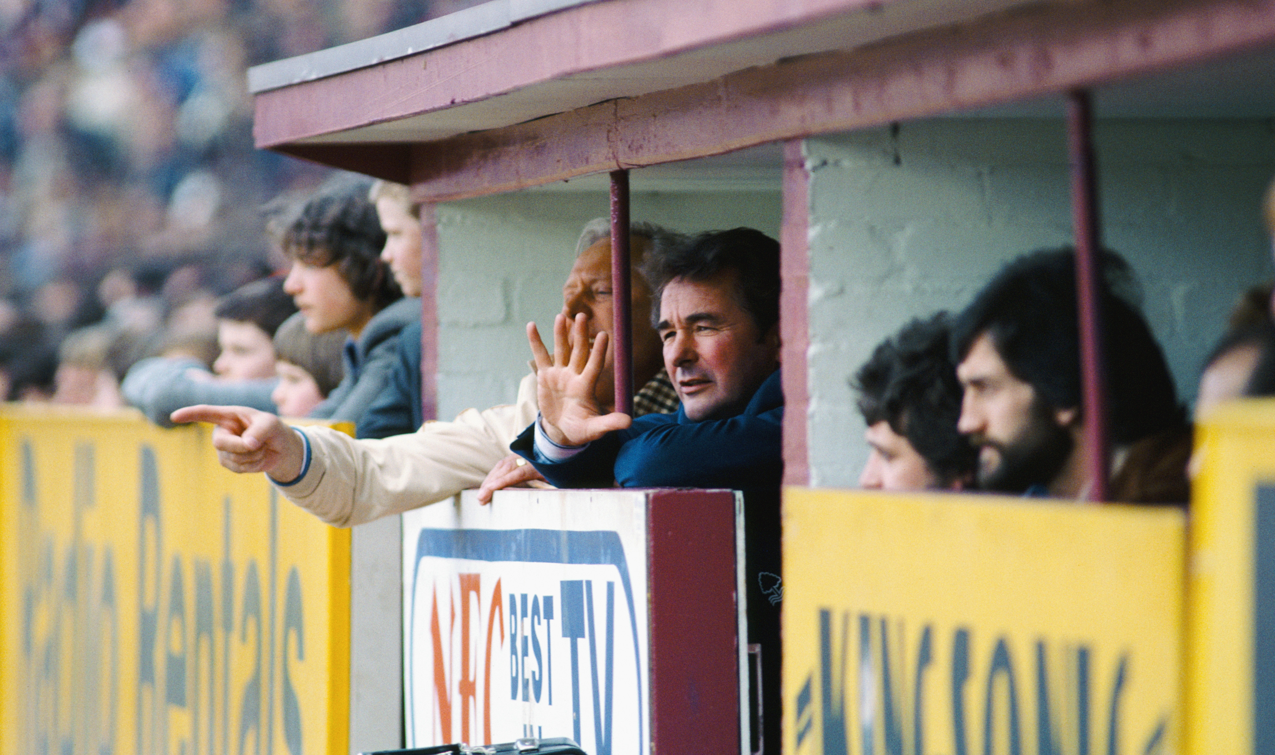 BIRMINGHAM, UNITED KINGDOM - APRIL 05: Nottingham Forest manager Brian Clough (c) and assistant Peter Taylor (left, partially obscured) react during a League Division One Match between Aston Villa and Nottingham Forest at Villa Park, on April 5, 1980 in Birmingham, England. (Photo by Duncan Raban/Getty Images) (Photo by Getty Images/Getty Images)