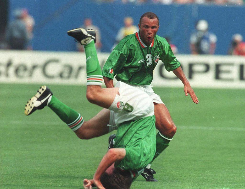 World Cup 1994 18/6/94 Republic of Ireland v Italy Ray Houghton celebrates scoring Mandatory ©INPHO/Billy Stickland