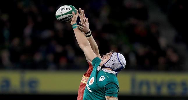 Guinness Series, Aviva Stadium, Dublin 12/11/2016 Ireland vs Canada Ireland's Ultan Dillane with Brett Beukeboom of Canada Mandatory Credit ©INPHO/Donall Farmer