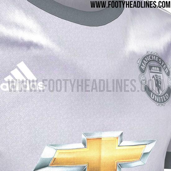 manchester-united-17-18-third-kit-3