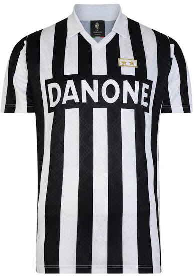 best service 5fdbe b1a09 Juventus release six retro kits and we can't decide which ...