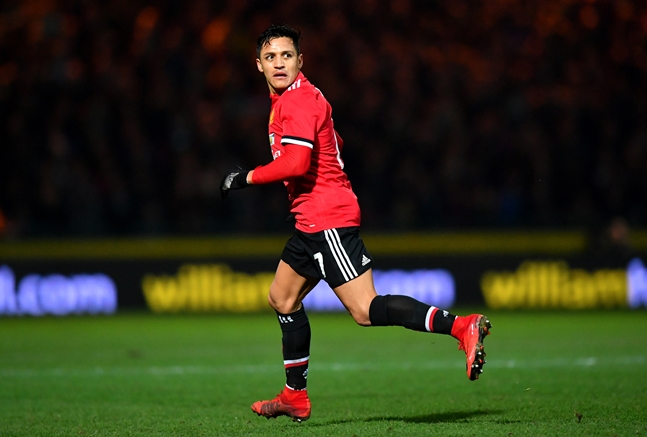 Alexis sanchez impressive but michael carricks performance gets sanchez will have been pleased with his outing and he was named bbc man of the match by former arsenal defender martin keown stopboris Images