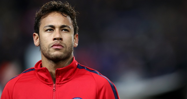Brazil vs Costa Rica: Neymar entitled to feel upset, says teammate Fagner