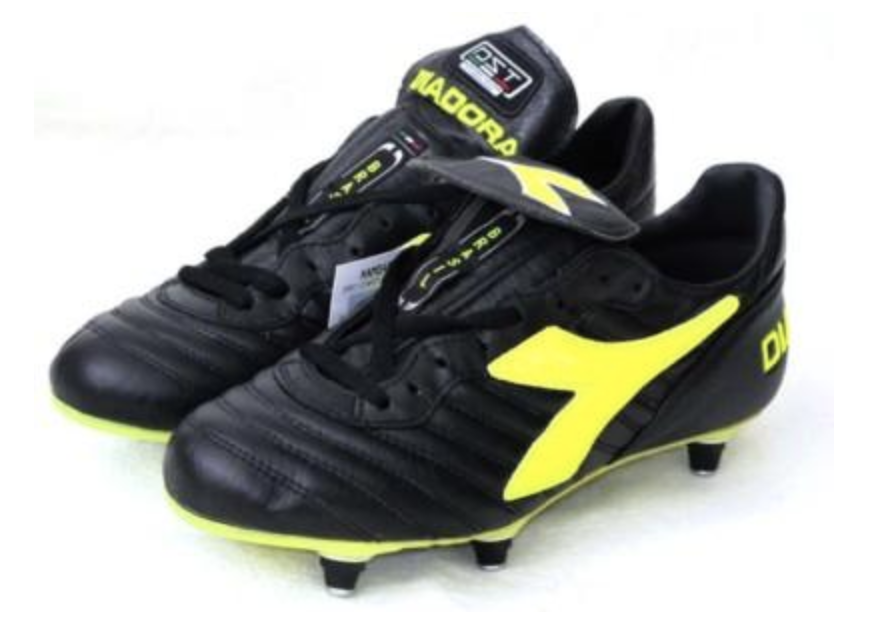 ba8b8167c There's an unwritten rule in football that you have to possess the talent  to pull off a certain pair of football boots. If you're useless, they'll  only ...