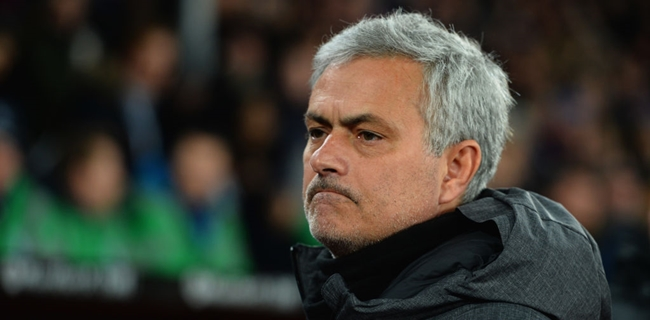 Jose Mourinho fires shot at pundits that 'couldn't resolve
