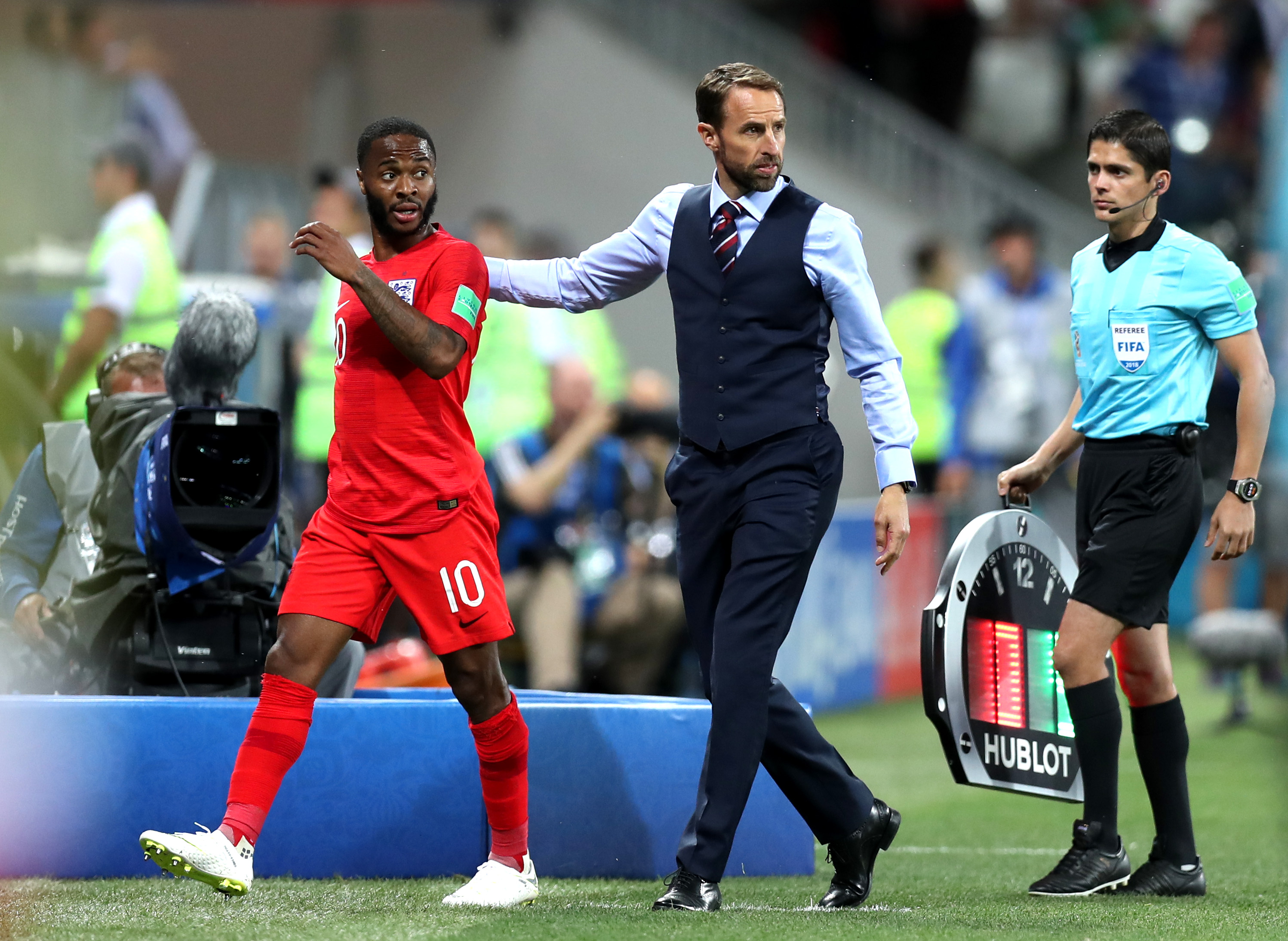 England coach Southgate dislocates shoulder while running