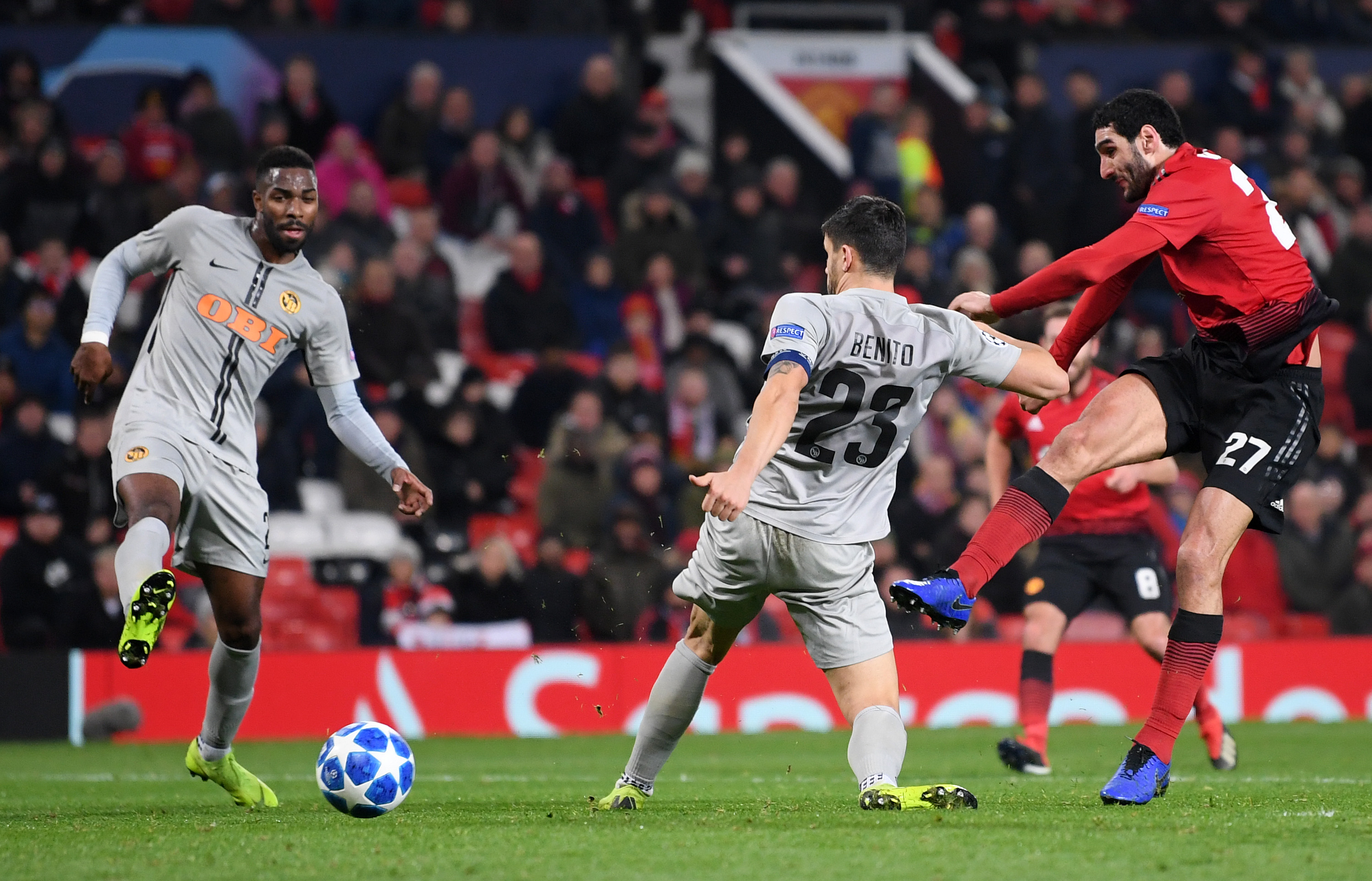 91st-minute Fellaini victor  drags dour Manchester United into knockouts