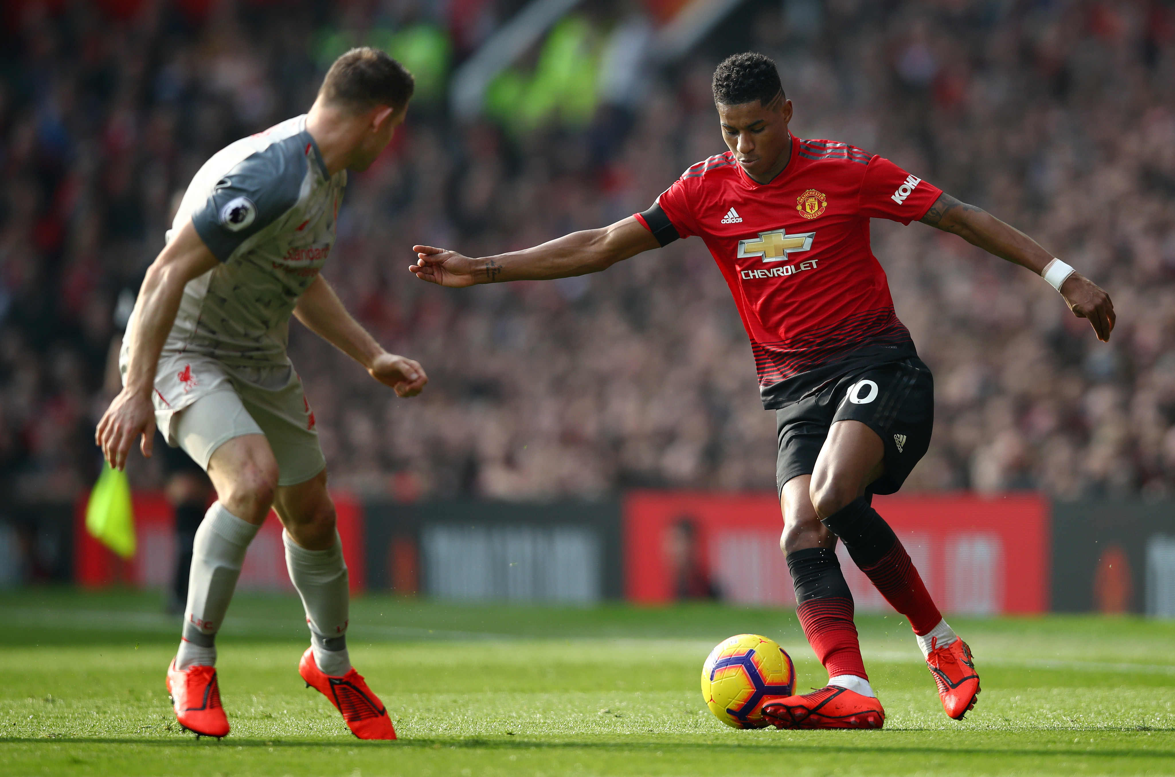 Michael Owen Hits Back At Fans After Criticism For Saying Liverpool Players Should Kick Marcus Rashford Sportsjoe Ie