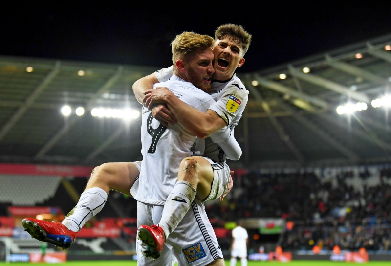 Manchester United reportedly beat Leeds and Newcastle to Daniel James signature