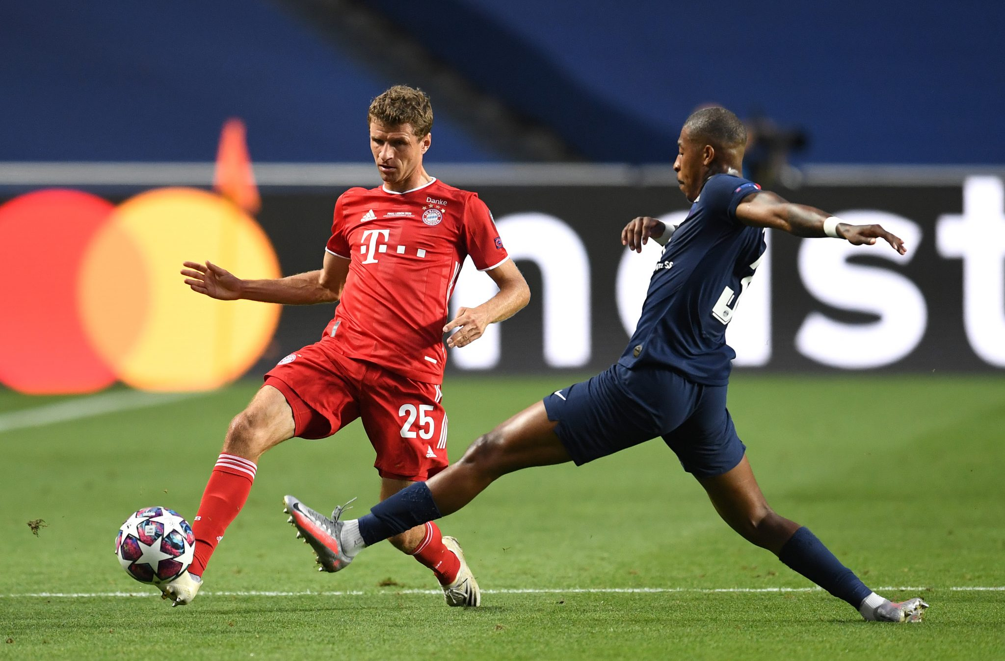 The perfect Thomas Muller first touch that dismantled PSG